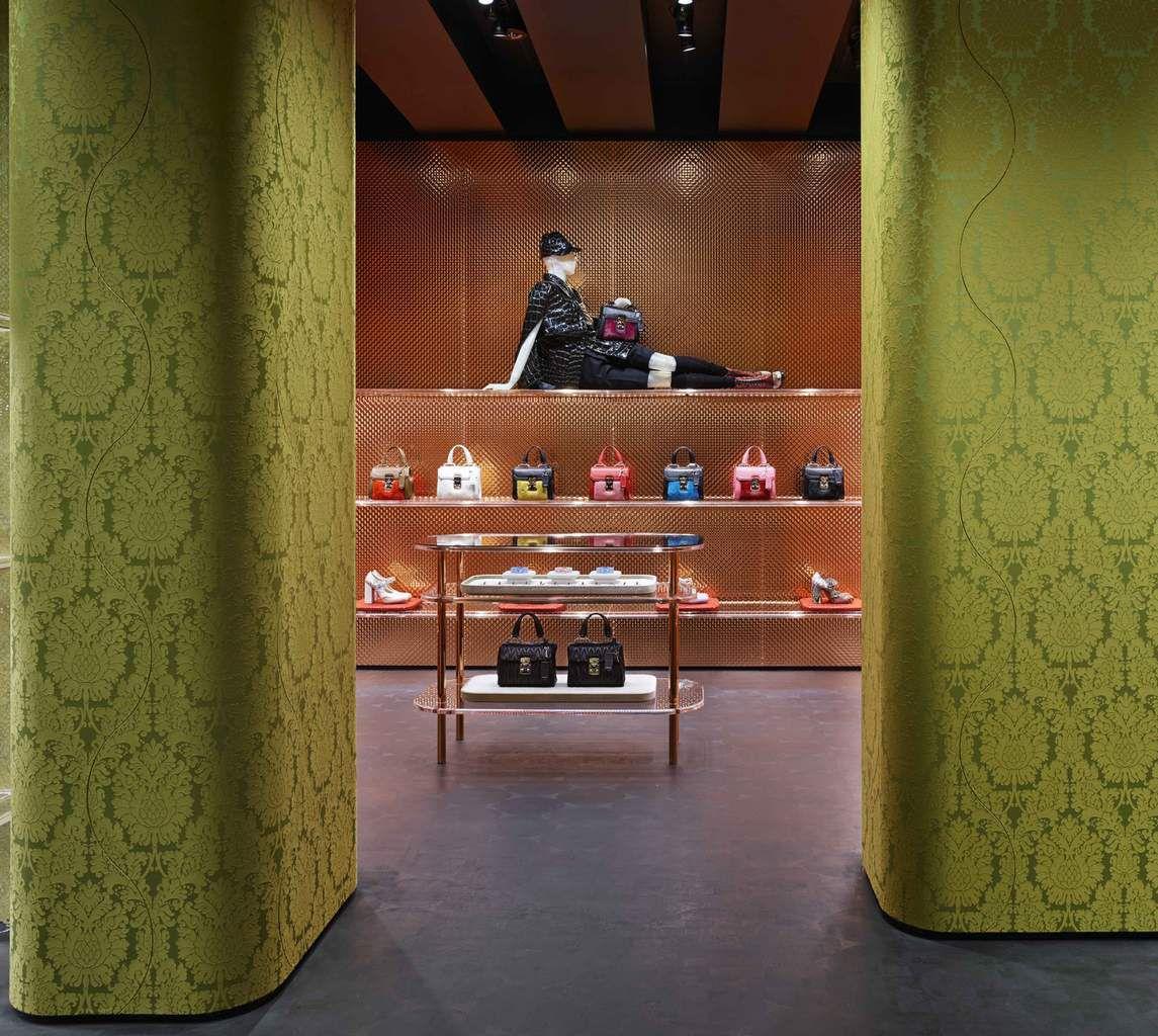 MIU MIU STORE (AOYAMA, TOKYO) / BY HERZOG &amp&#x3B; DE MEURON ARCHITECTS