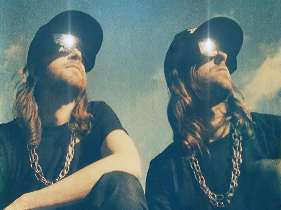 "RATATAT - "" CREAM ON CHROME"" / NEW TRACK"