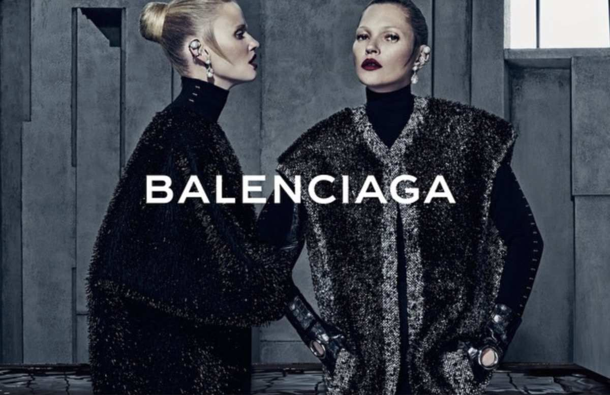 BALENCIAGA FALL/WINTER 2015 CAMPAIGN WITH KATE MOSS &amp&#x3B; LARA STONE