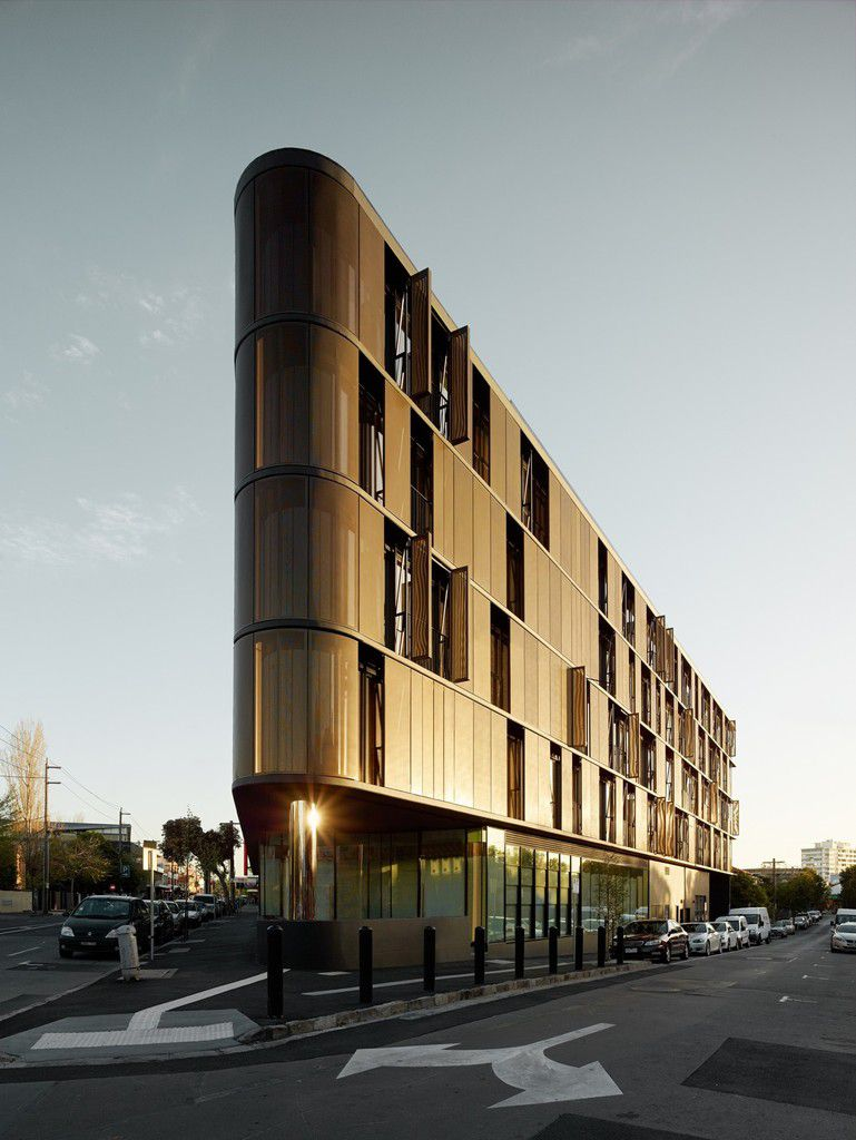 LUNA APARTMENTS by ELENBERG FRASER ARCHITECTS / AUSTRALIA