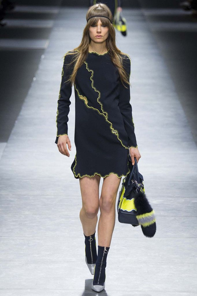 VERSACE / FALL WINTER 2016 MFW