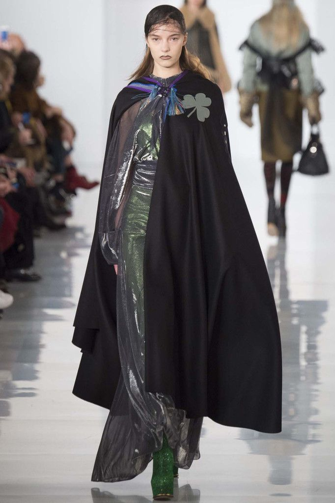 MAISON MARGIELA / FALL WINTER 2016 PFW