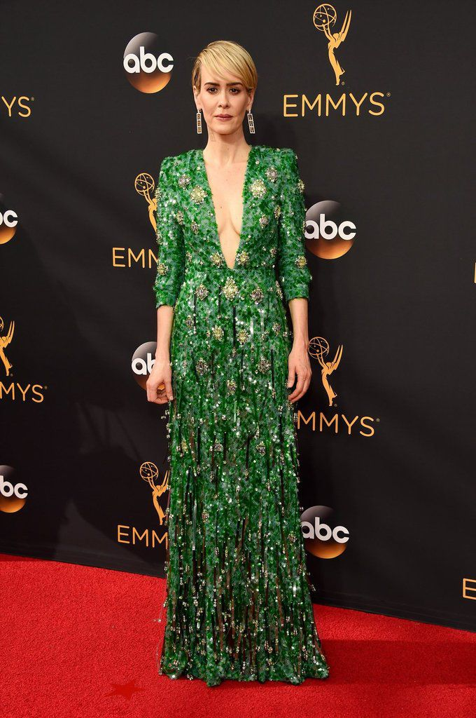 EMMY AWARDS 2016 / BEST RED CARPET DRESSES