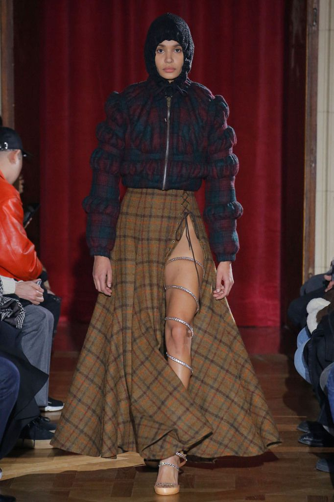 Y-Project autumn/winter 2017_18 womenswear collection at PFW.