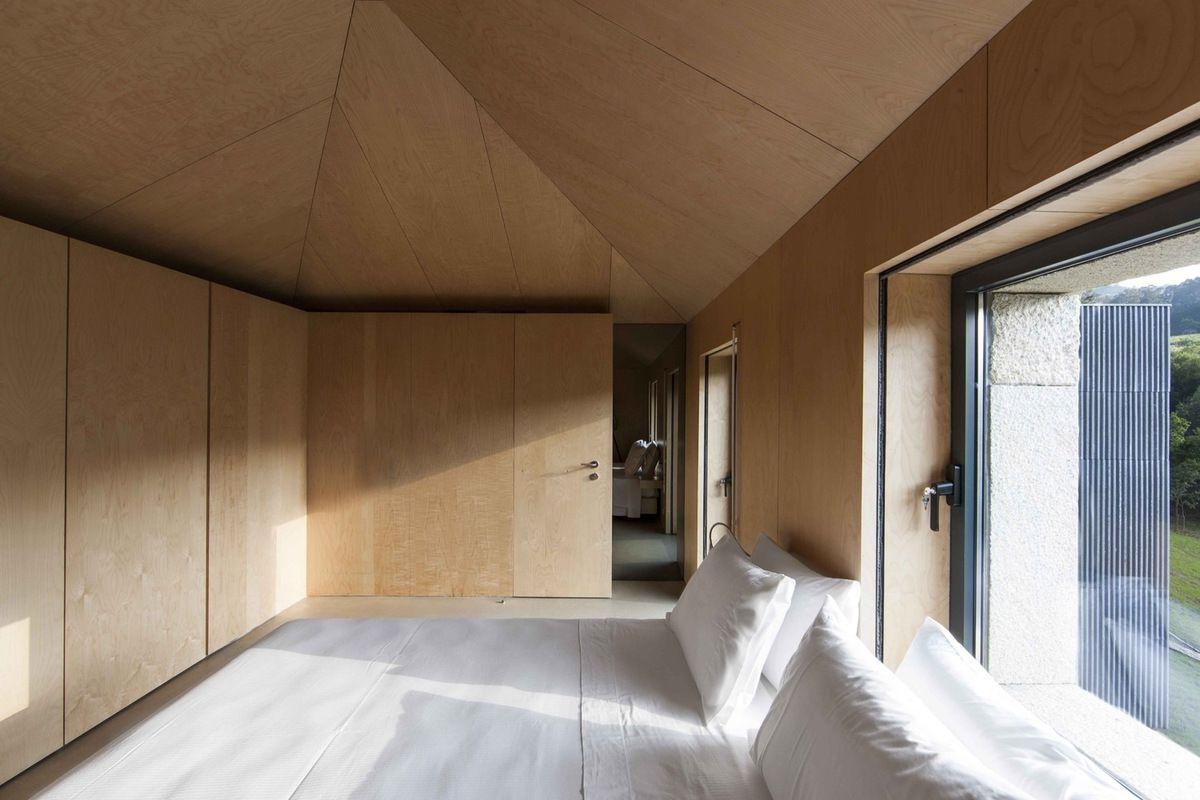 photo (c) Juan Rodriguez for Correia/Ragazzi Arquitectos