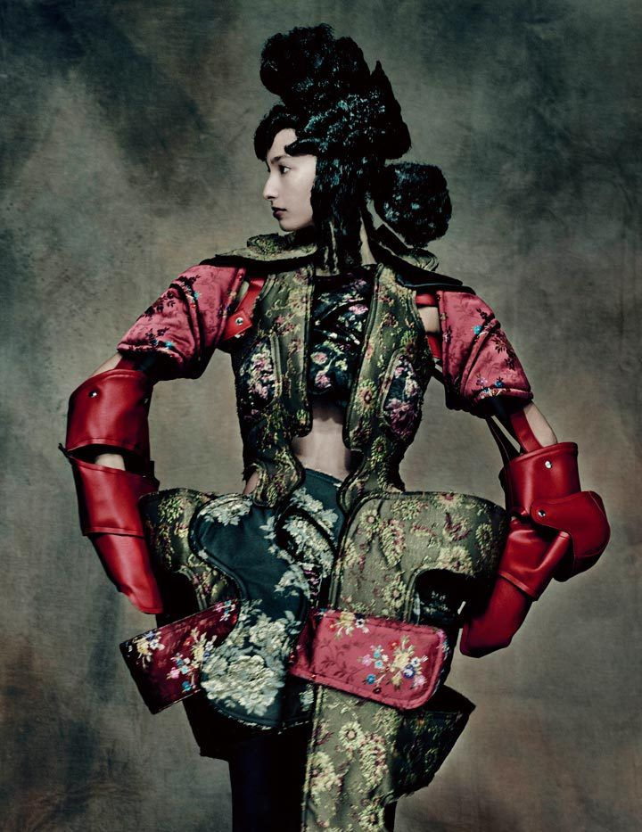 Rei Kawakubo (Japanese, born 1942) for Comme des Garçons (Japanese, founded 1969). 18th-Century Punk, autumn/winter 2016–17&#x3B; Courtesy of Comme des Garçons. Photograph by © Paolo Roversi
