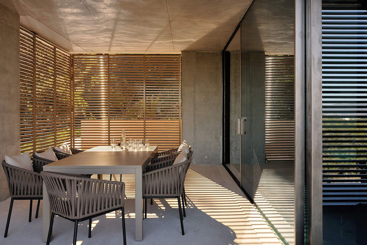 LA MIRA RA\' HOUSE BY AUM PIERRE MINASSIAN ARCHITECTS - Arc ...