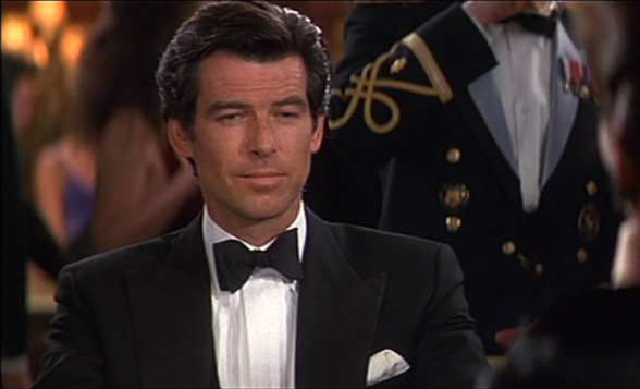 """GoldenEye"" James Bond 007 le film avec Pierre Brosnan"