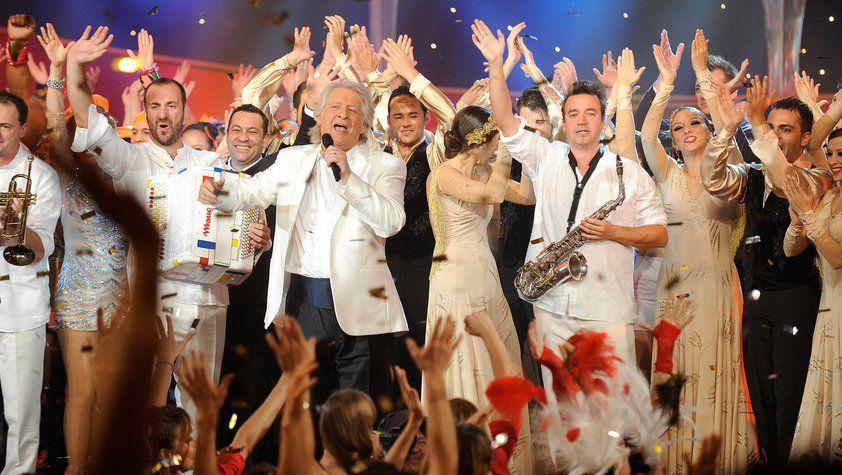 &quot&#x3B;Le plus grand cabaret du monde sur son 31&quot&#x3B;[Replay] Jeu.31-12-2015 France 2