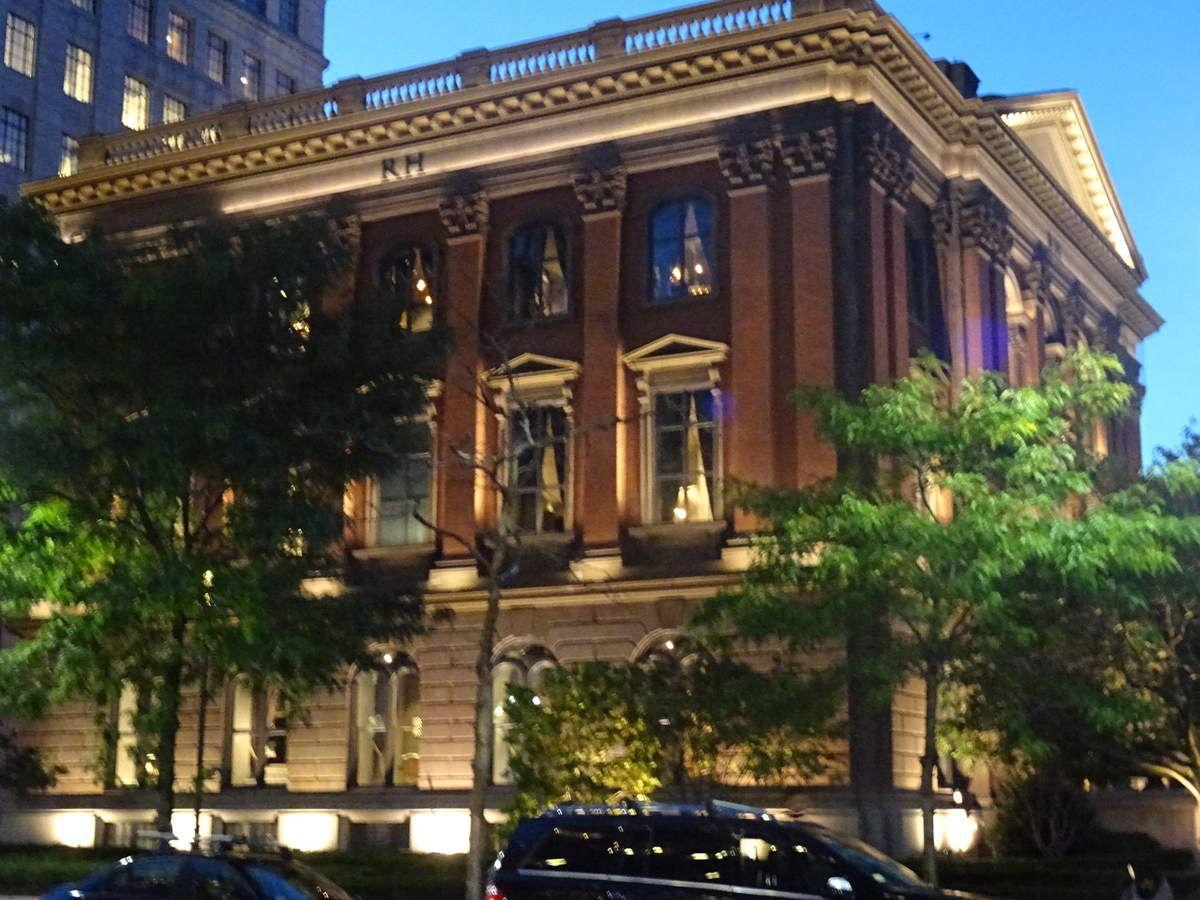 RH a repris, rénové et aménagé le musée d'histoire naturelle de Boston