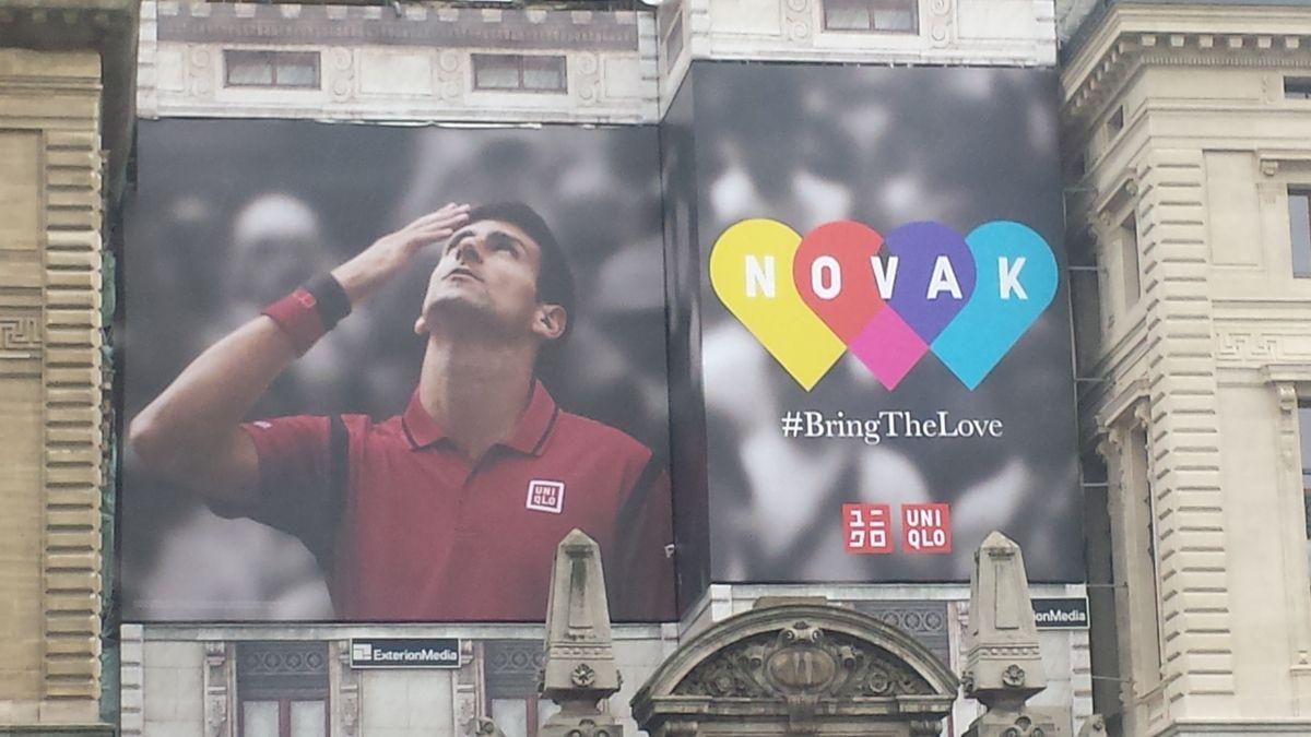 Uniqlo valorise toujours son partenariat Djokovic