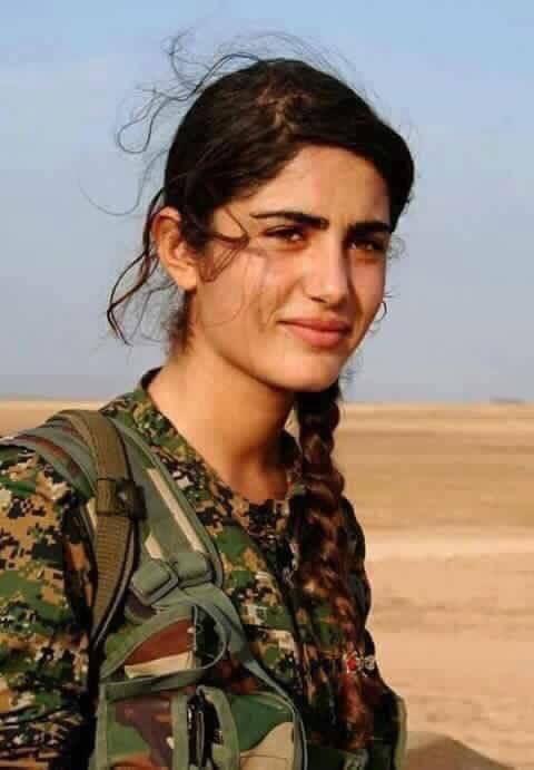 Solidaires des combattantes kurdes