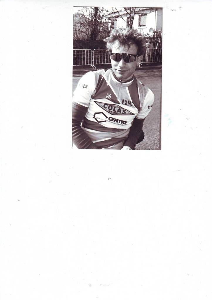 Patrick Theillière avec le maillot du VS Montluçon