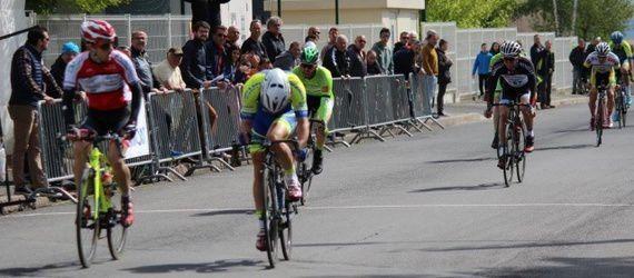 Le Sanflorain Jérémie Lacoste s'impose devant Romain Lorcerie (Flo Verne Photographe)