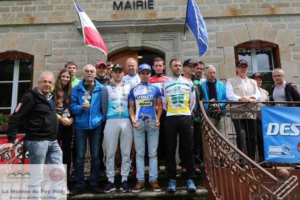 Le podium (Photo Aurillac Cantal Cyclisme)