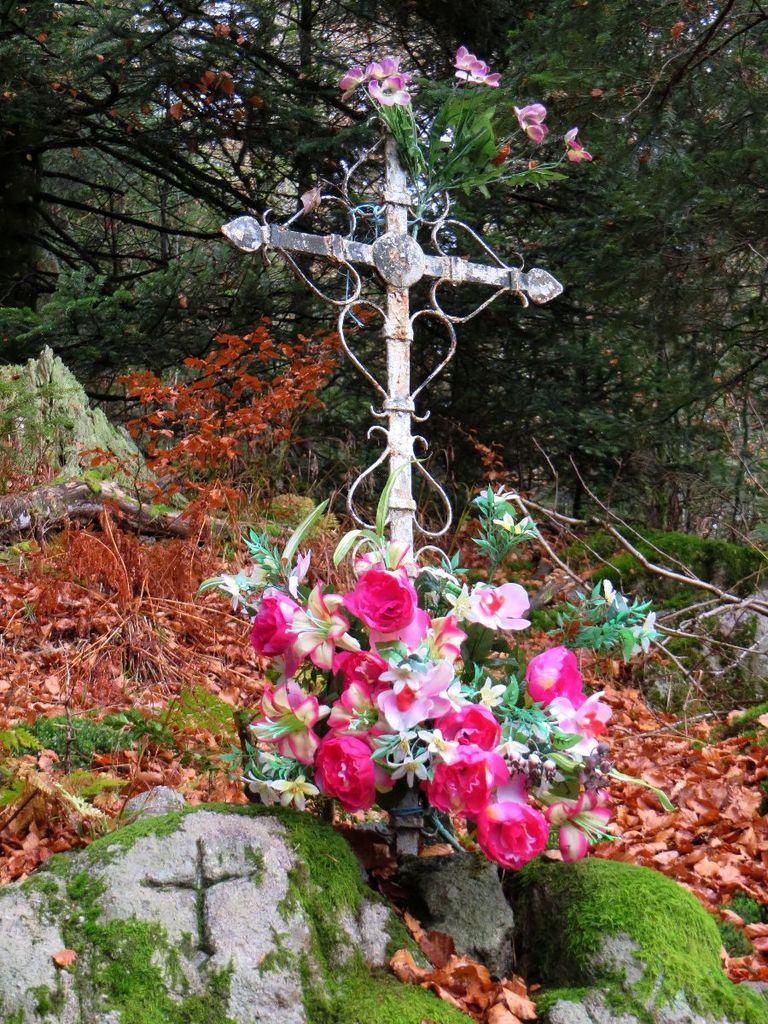 Croix de l'ermite, alt. 1080 m