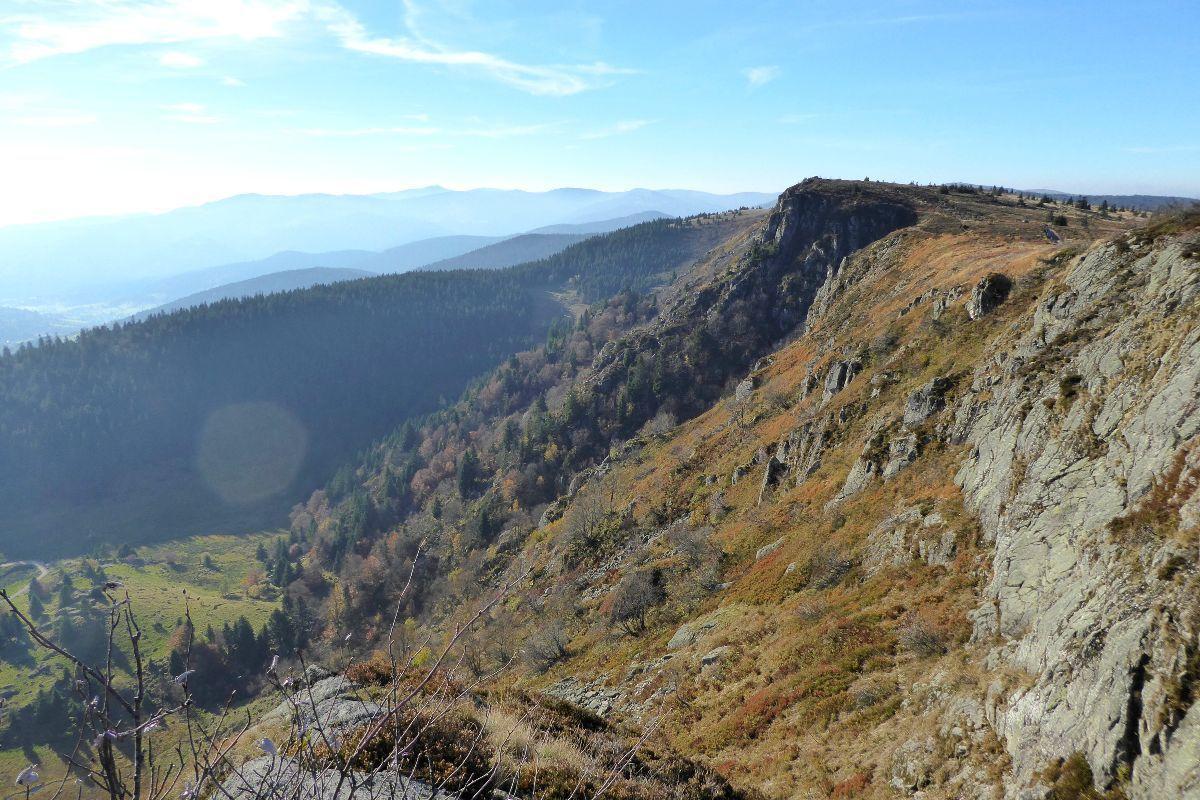 Falaises des Taubenklangfelsen et cirque glaciaire du Forlet
