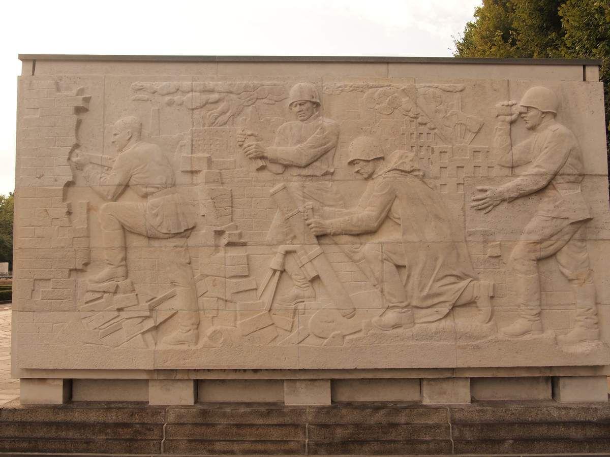 Un scène de guérilla qui pourrait être une fresque de la défense de Stalingrad.