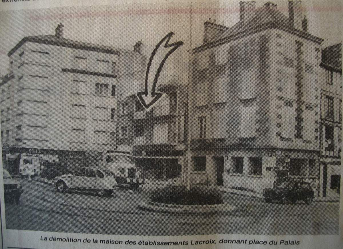 Place Lepetit, avant le percement en 1985.