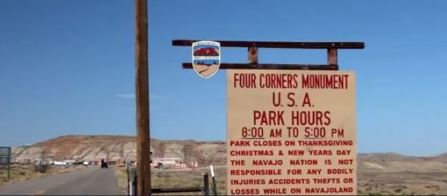L'entrée du Four Corners Monument , Capture d'écran de Breaking Bad (S04, E06)