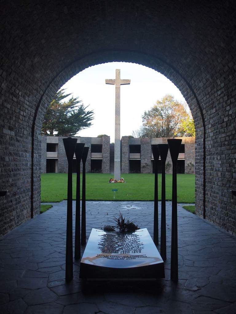 Le cimetière militaire allemand de Huisnes-sur-Mer