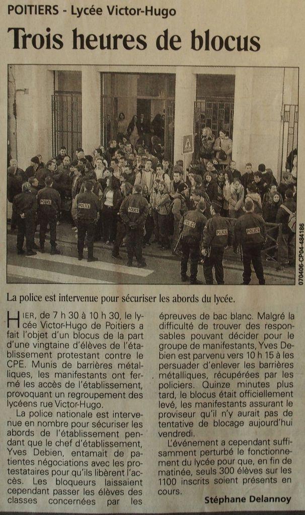 Jeudi 6 Avril 2006 : le blocus se déplace aux Portes du Futur de Chasseneuil