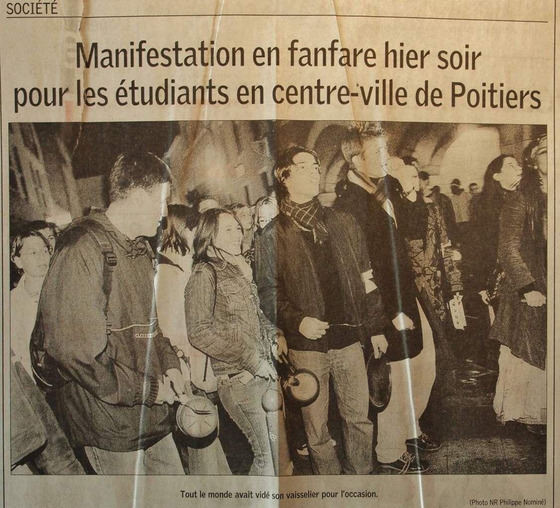 Jeudi 13 Avril 2006: tintamarre nocturne dans les rues de Poitiers