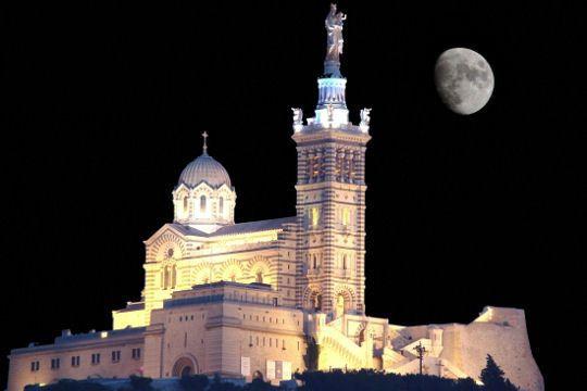 Bonne nuit polaire de Marseille !