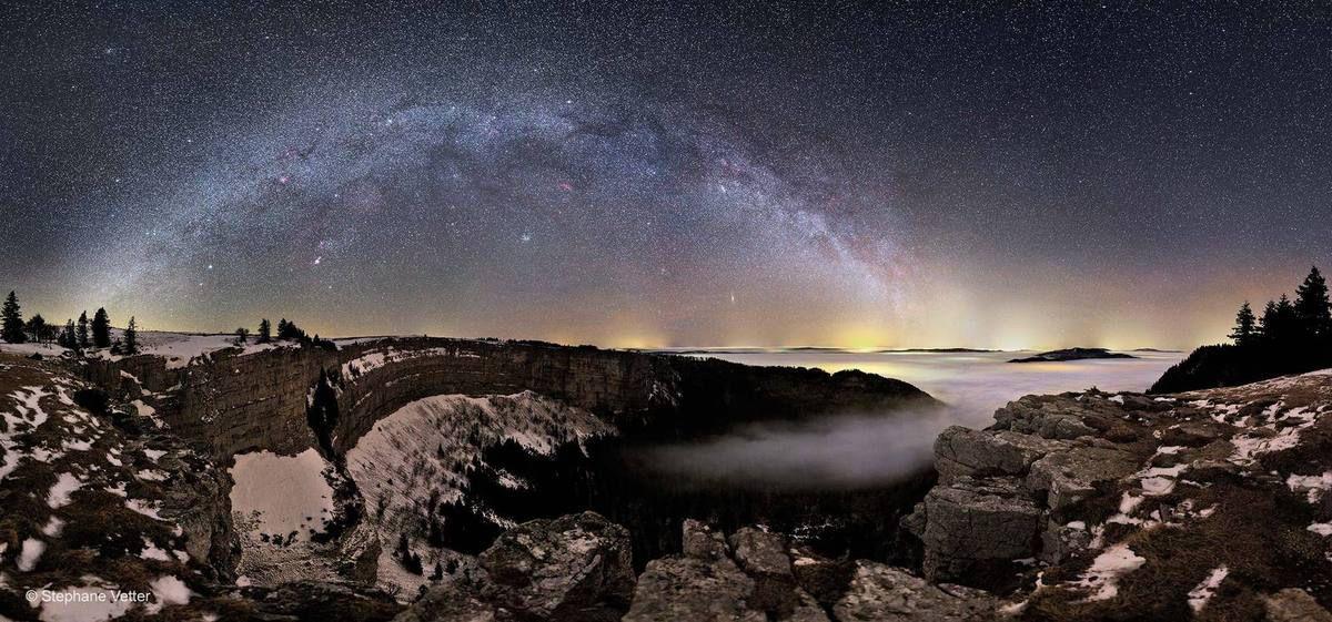 Stéphane Vetter, Celestial Arch, Creux du Van - http://www.nhm.ac.uk/visit/wpy/gallery/2011/images/wildscapes/4528/celestial-arch.html