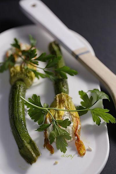 Fleurs de courgettes farcies au ch vre et sardines pic tout la cuisine de dany - Fleurs de courgettes au four ...