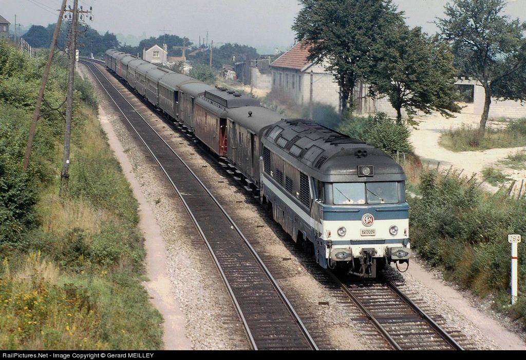 Rame typique de la ligne 4 au début des années 70