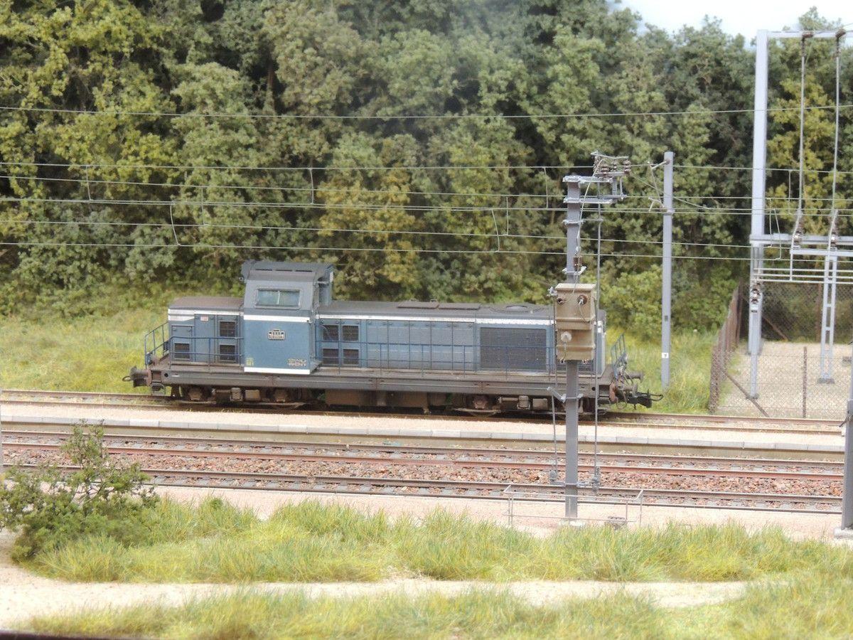 Une BB 66079 en stationnement sur le réseau de LA BOSSE
