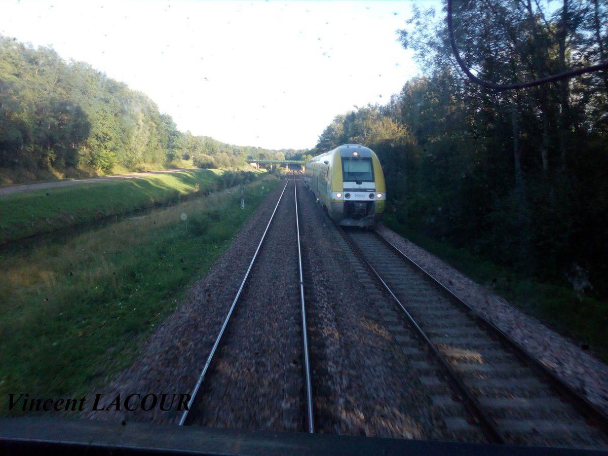 Photo d'un AGC depuis la cabine de la 72190 entre Troyes et Chaumont.