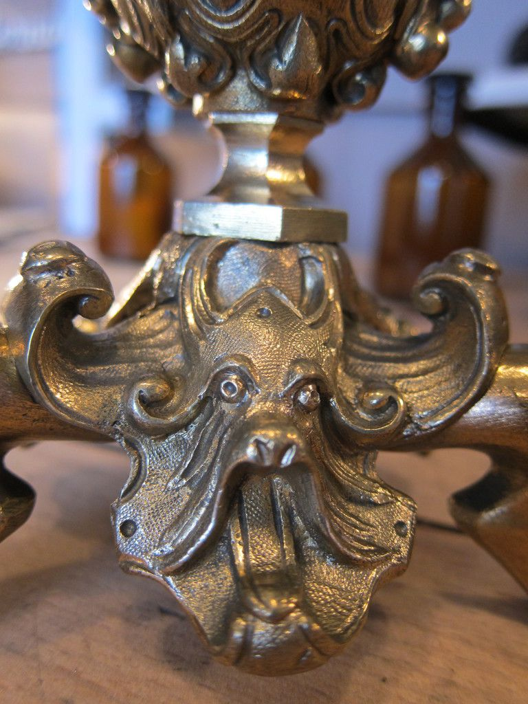 FRENCH ANTIQUE 19e PAIR OF CANDLE HOLDER