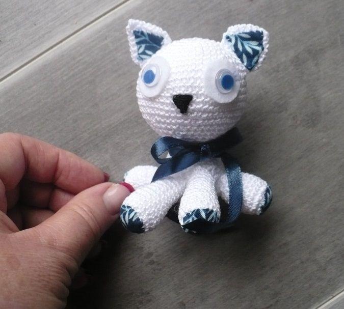 Mini chaton blanc