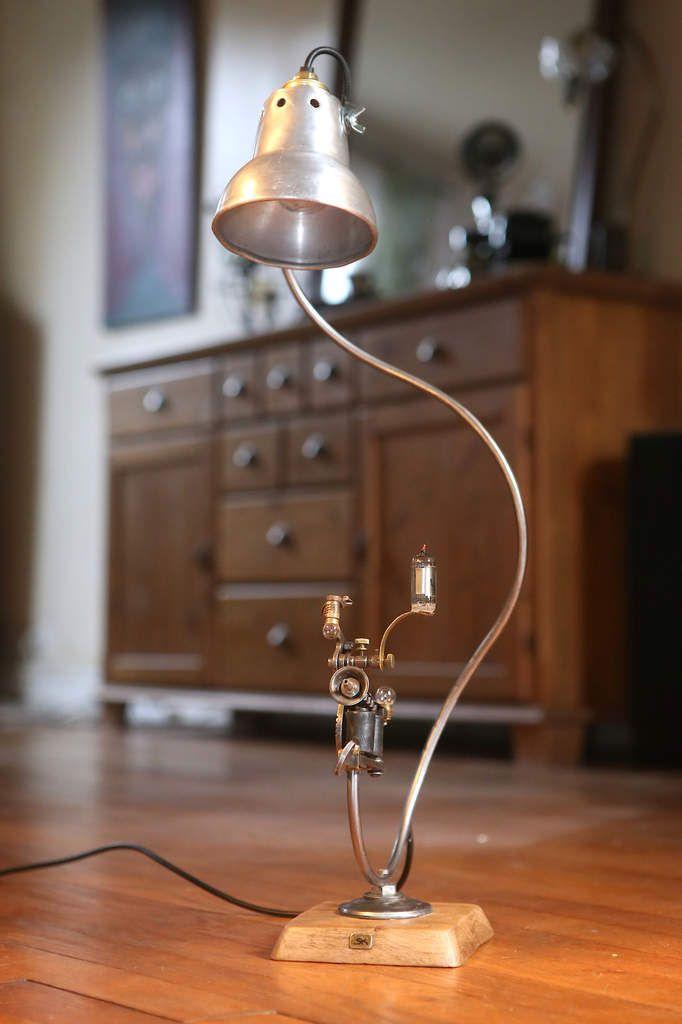 Création lampe récup esprit steampunk machine à tatouer