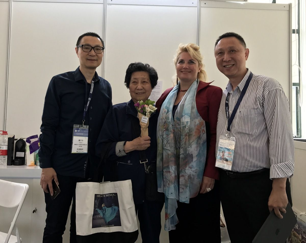 Our staff, our stand the only représentant of France at the Shanghai World Travel Fair