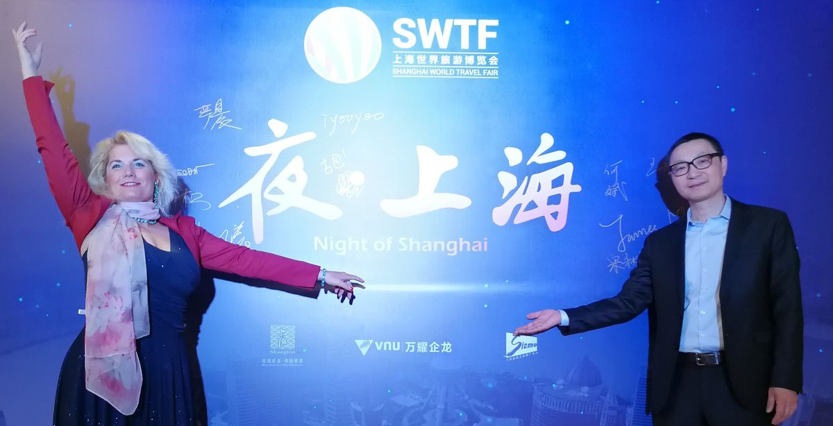 Yudong Dai and Veronica Antonelli invited at the famous gala of Shanghai World Travel Fair at the Swiss hotel