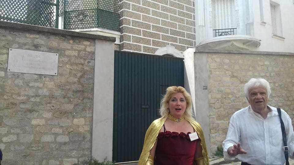 Duo festif: l'esprit authentique Montmartrois avec Bernard Beaufrere et Veronica Antonelli