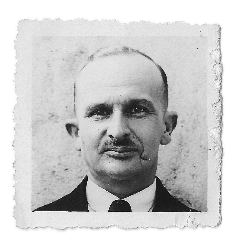 Emile dans les années 40 (remarquez sa cicatrice sur sa joue gauche...) - Archives personnelles