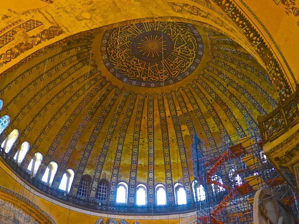 Istanbul, Sainte Sophie dans l'oeil du cyclone.