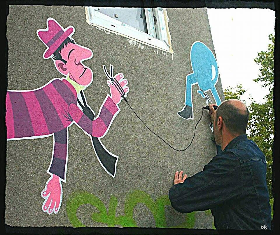 À la poursuite de Mister Pee dans les rues de Montreuil..