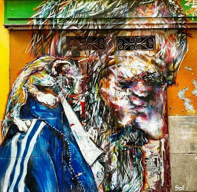 Les peintures pulvérisées de Ze Carrión font du bruit.