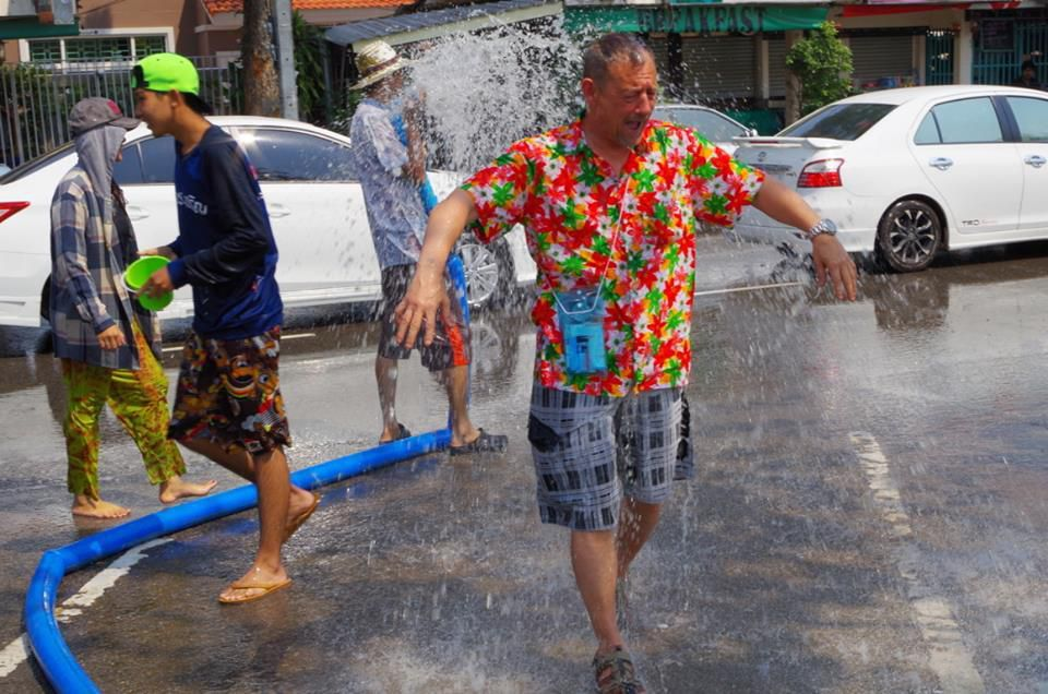 13 au 15 avril 2015 : Nouvel an bouddhiste « Songkran 2015»