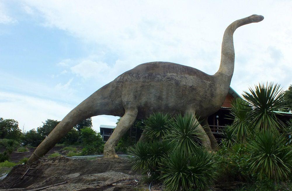 Udonthani: Le Temple aux dinosaures.