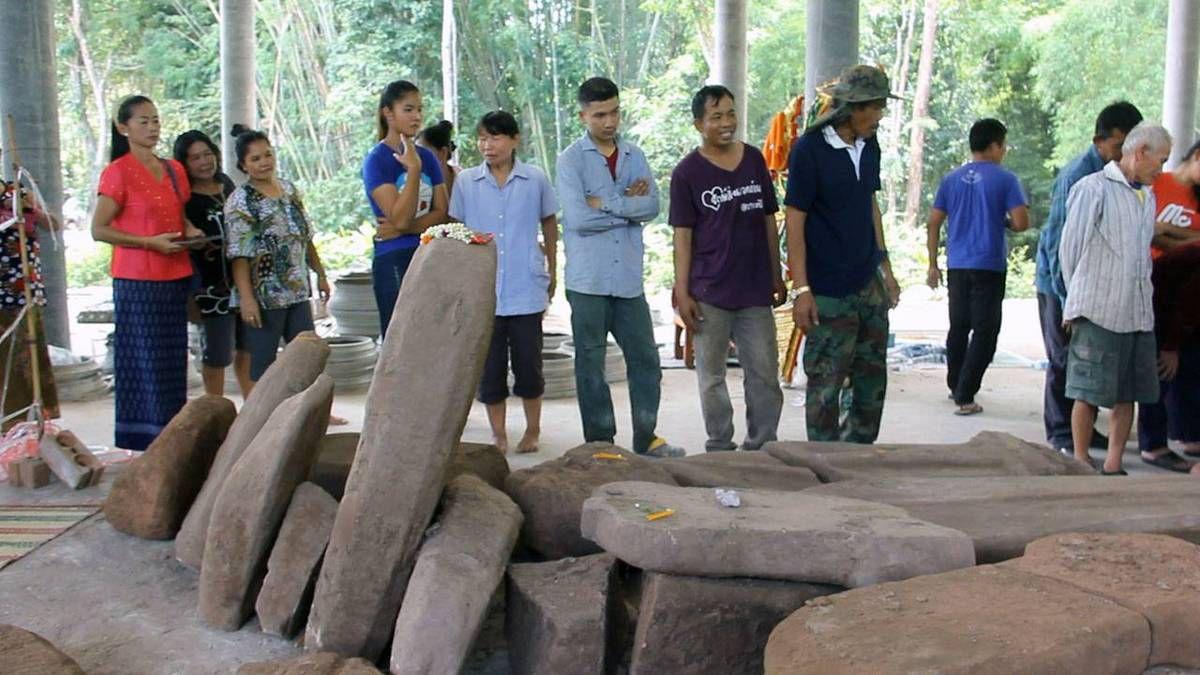 2 octobre 2015 : Udonthani. Découvertes de vestiges de plus de 1000 ans.