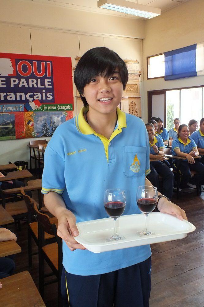 22 janvier 2016: Invitation au Centre Francophone de l'école « Satrirachinuthit » d'Udonthani.