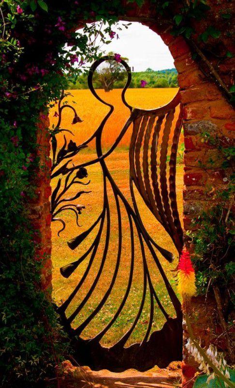 http://www.chakipet.com/deco-les-plus-belles-portes-du-monde/