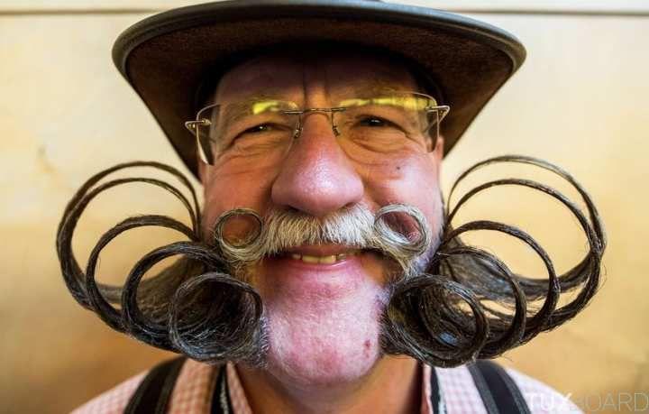 http://www.tuxboard.com/plus-belles-barbes-et-moustaches-championnats-du-monde-2015/