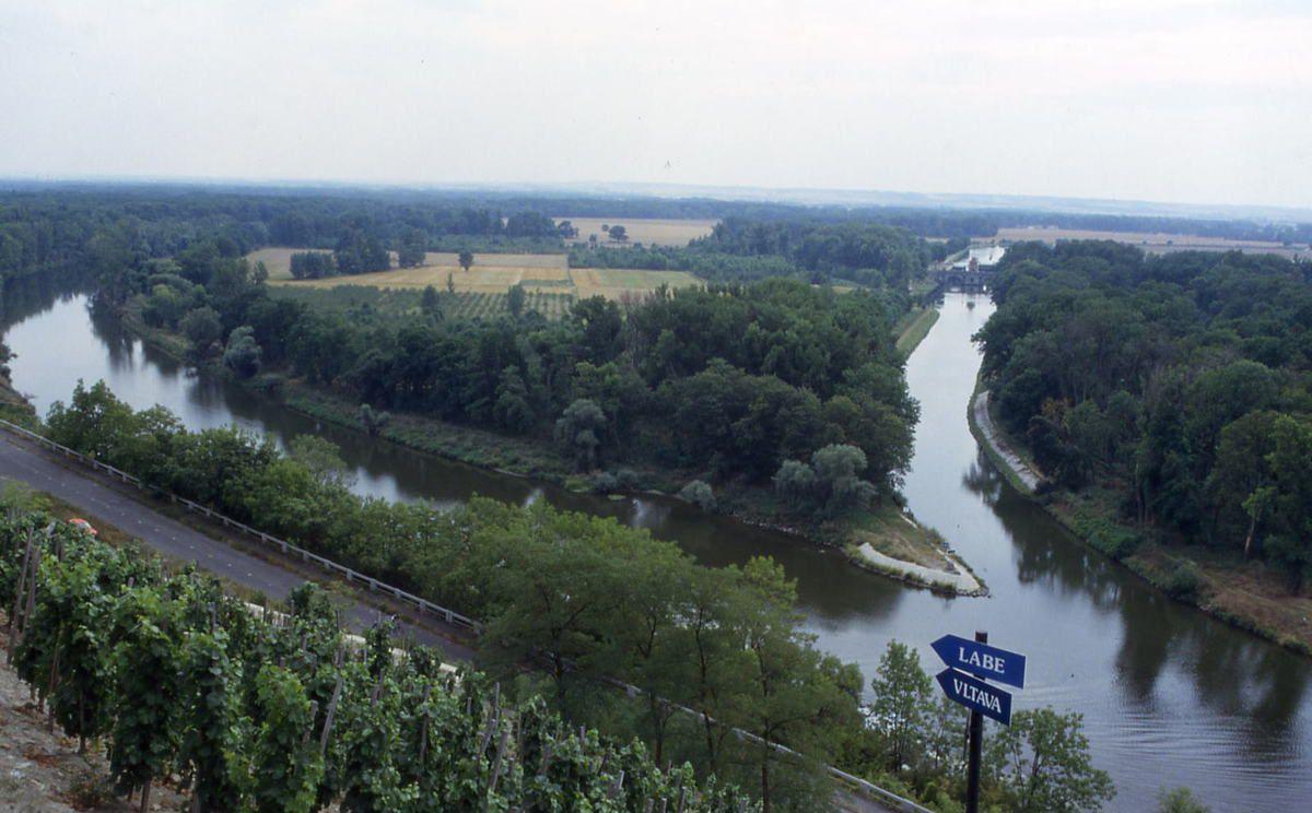 Confluent Vltava et Elbe